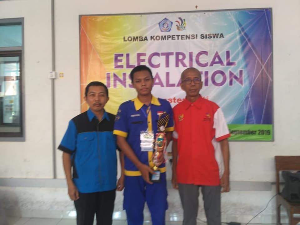 Juara 1 LKS Tingkat Kabupaten Pati Tahun 2019