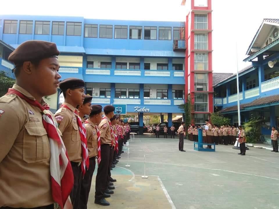 Upacara Bendera memperingati hari Pramuka ke 57